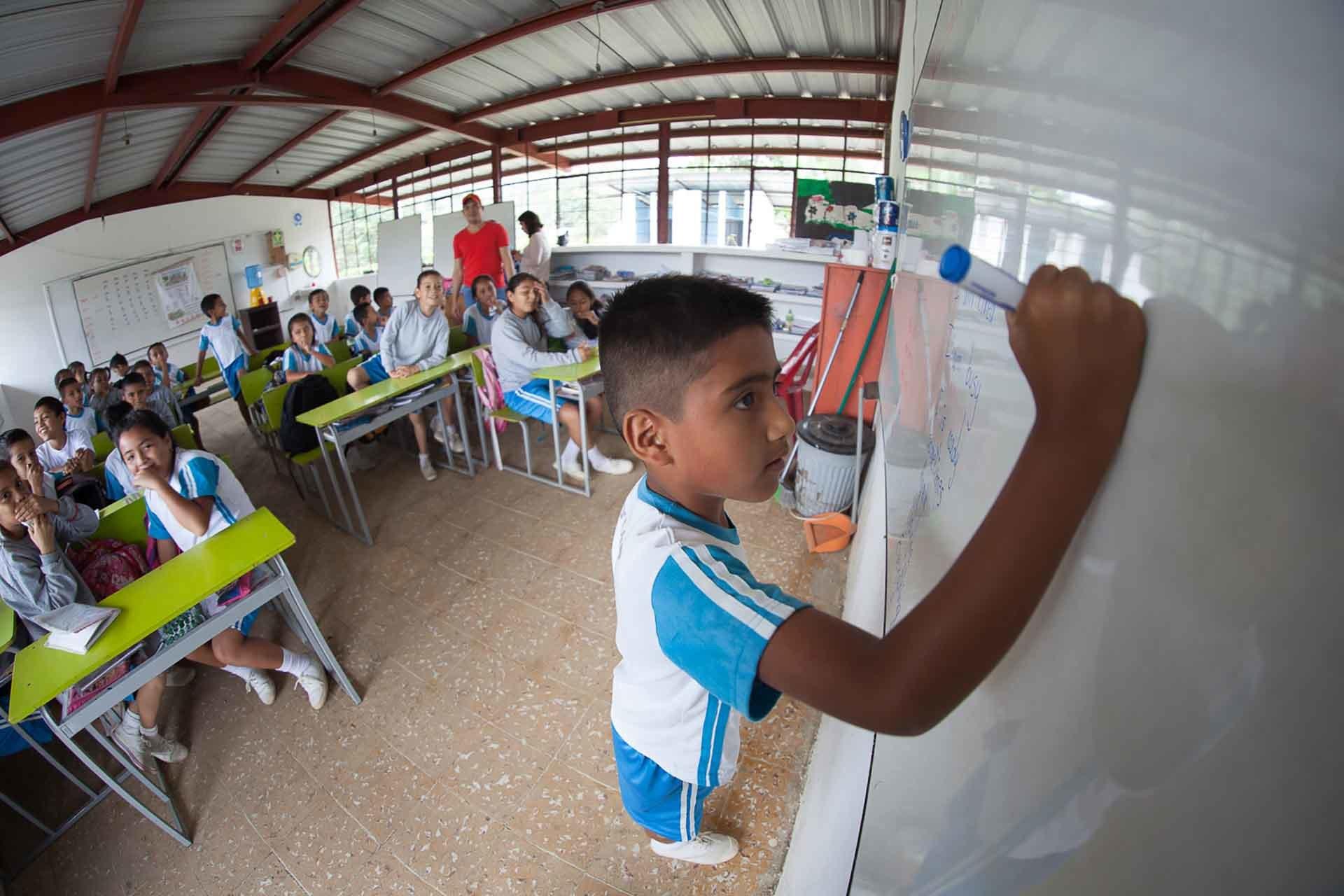 ECUADOR-Communities-7.jpg