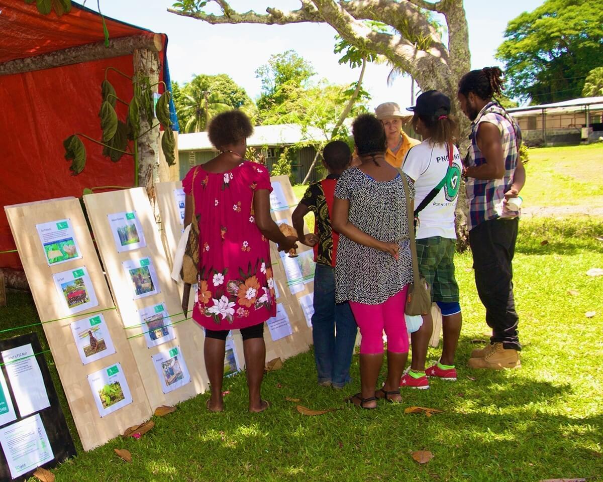 Adult literacy program, Papua New Guinea